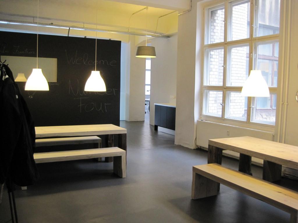 b ro loft berlinlaux interiors berlin. Black Bedroom Furniture Sets. Home Design Ideas